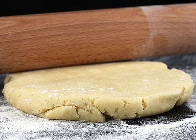 L'heure des tartes (recette pâte à tarte sucrée)